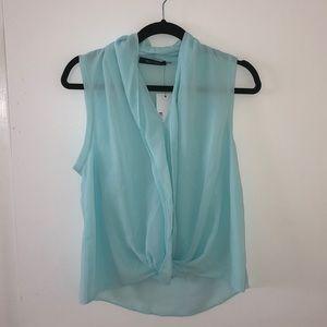 Wells Grace sleeveless blouse top